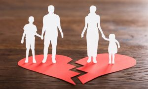 Normas de actuación de colegios y médicos ante padres separados